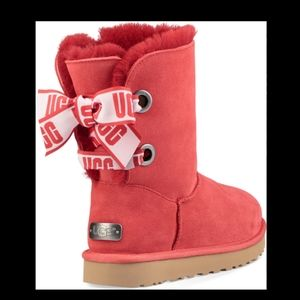 UGG Shoes - Ugg classic short customizable bailey bow boots 7